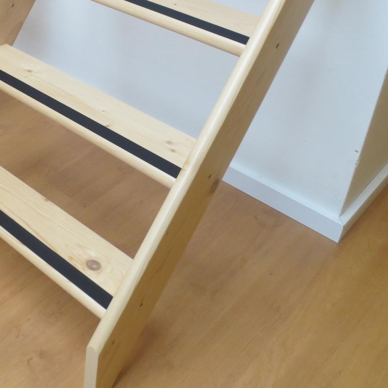 Antislip trap strip eenvoudig te plakken op je vlizotrap for Vlizotrap monteren